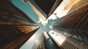 25 maiores empresas do mundo com lucros bilionários